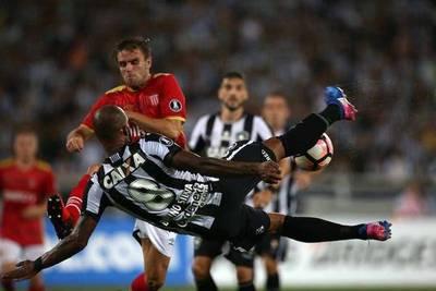 Botafogo triunfa en su estreno copero