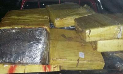 Requisan varios paquetes de marihuana en Itapúa