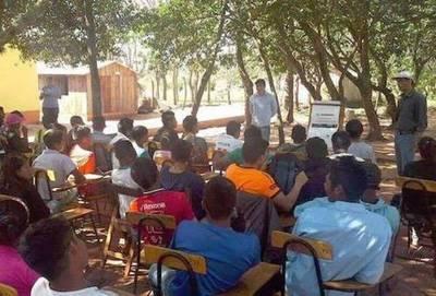 Mediante educación y asistencia agrícola, indígenas Mbya logran salir adelante