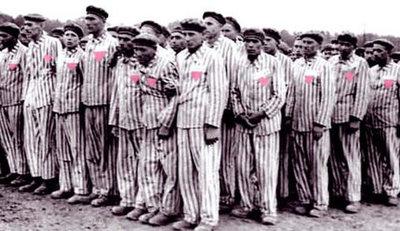 Buscan indultar a hombres condenados por ser homosexuales
