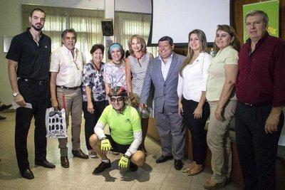 Jornada de ciclismo en homenaje a Roa Bastos