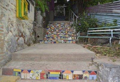 El MOPC minimiza daño a escalinata en San Jerónimo