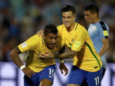 La nueva canarinha goleó a Uruguay en Montevideo