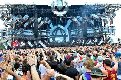 """Música electrónica y """"la mejor energía"""" en Festival Ultra de Miami"""