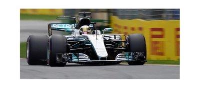 Hamilton estrena el 2017 logrando la pole position