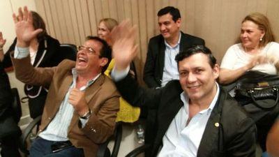 Los reeleccionistas sesionan en la Bancada del Frente Guasu