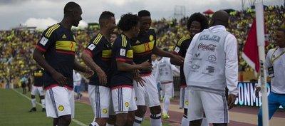 Colombia derrota a Ecuador y se acerca a Rusia