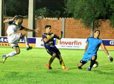 Deportivo Capiatá supera con lo justo a Trinidense