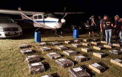 Narcoavioneta confiscada en Argentina operaba para la red de Viveros Cartes