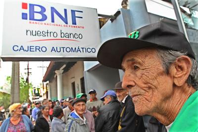 Hacienda inició pago a jubilados y herederos