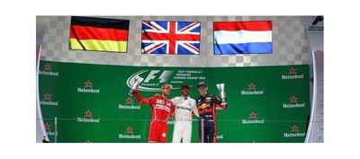 Hamilton contraataca y se queda con el GP de China