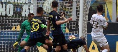 El nuevo Milan chino empata ante el Inter en el minuto 96