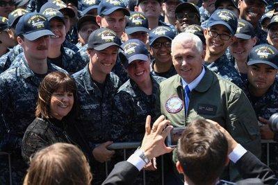 """Pence afirma que EE.UU """"reforzará su presencia militar en Asia-Pacífico"""""""
