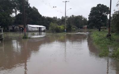 Aproximadamente 100 familias tuvieron sus casas inundadas