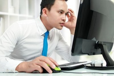 Las computadoras viejas y lentas desmoralizan a los trabajadores