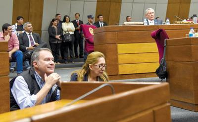 Llanistas siguen  con Lugo y rechazan sanción del PLRA