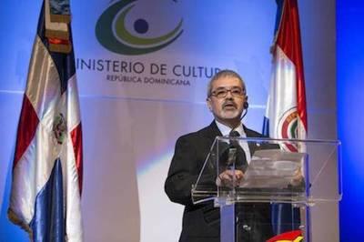 Paraguay y su historia tormentosa en Feria del Libro