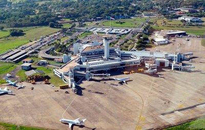Contraloría dictamina contra APP del aeropuerto y pide cancelar proceso