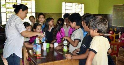CDE: Otorgan provisión de merienda  escolar a cuestionadas empresas