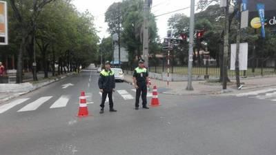 Calles y avenidas cerradas por maratón