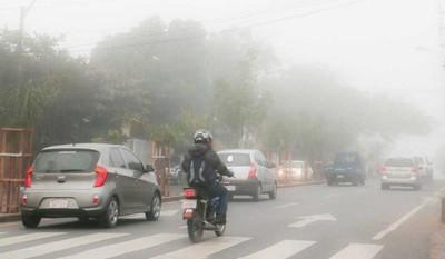 Vuelos retrasados por una densa neblina en Asunción
