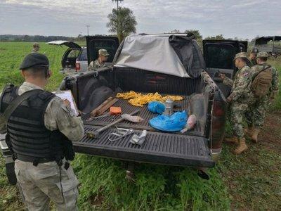 Encuentran cinco vehículos blindados de delincuentes