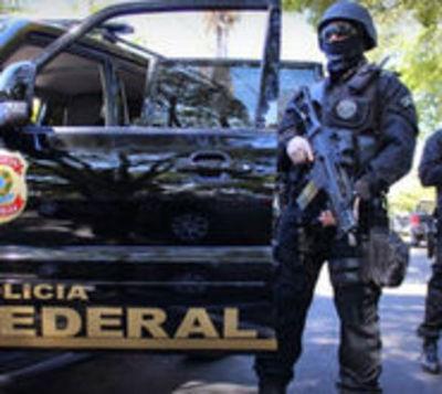 Asaltantes cruzaron a Brasil en lanchas y enfrentaron a policías