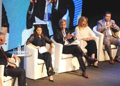 El Gobierno argentino participó de la reunión anual del BID en Asunción