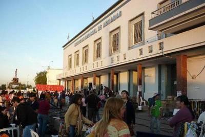 Con arte y cultura AMCHA se suma a la revitalización del Puerto de Asunción