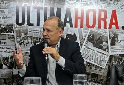 Ferreiro relega negociaciones de candidatura a su equipo político