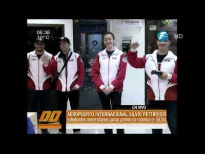 Universitarios paraguayos ganan premio de robótica en EE.UU.