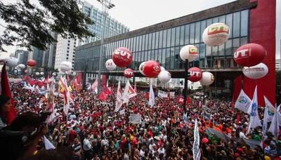 Brasil para por huelga general