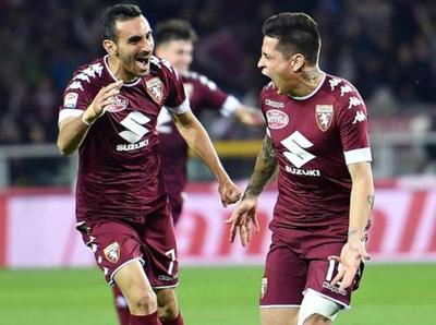 Torino iguala con gol de Iturbe
