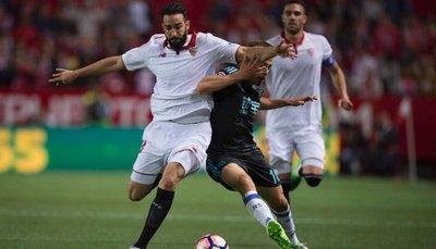 Sevilla y Sociedad dejan abierta la lucha