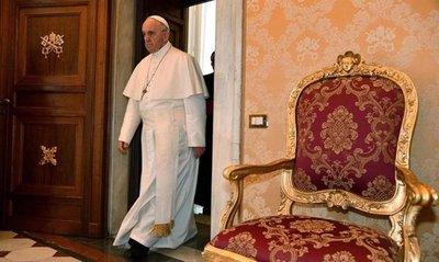 Papa alerta del aumento de una cultura destructiva