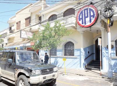 APA se expone a multa millonaria por evasión
