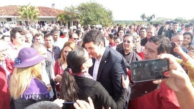 Peña continúa su tour político por Caazapá