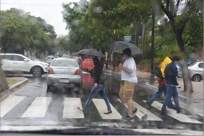 Alerta de tormentas vigente en 11 departamentos