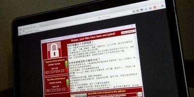 Ciberataque afecta a universidades y gasolineras
