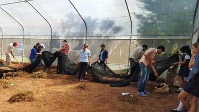 Jóvenes de Caaguazú recibirán premios para emprender proyectos