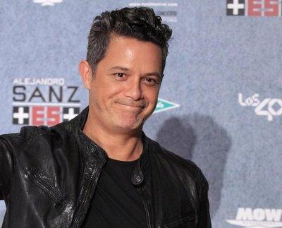 Shakira, Juanes y Alborán, probables duetos de Sanz