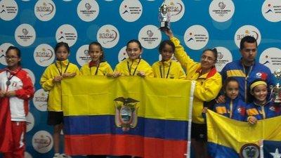 Surgen campeones por equipos en Suda de tenis de mesa
