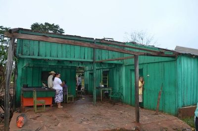 Tormenta destrozó casas en Capiibary