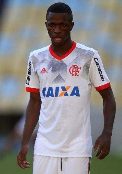 Palmeiras visita Chapecó; Vinicius se irá al Madrid