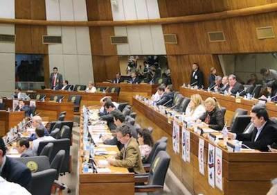 Diputados aprueba control a financiamiento político