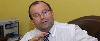 Latorre asegura que Acevedo desacata decisión del plenario