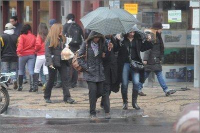 Pronostican jornada fresca y lluviosa