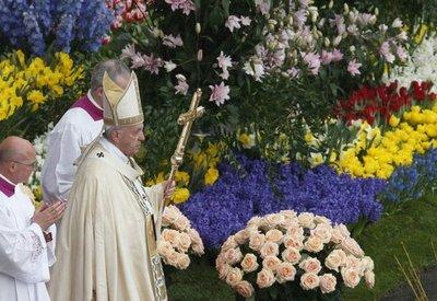 Papa recuerda a víctimas de Egipto y Manchester