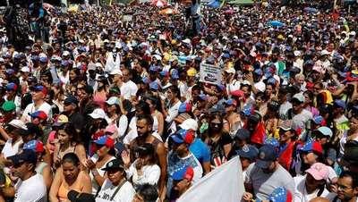 Multitudinaria marcha por la libertad de expresión, en Caracas