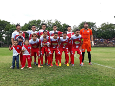 San Lorenzo comanda la Primera B acechado por Colegiales